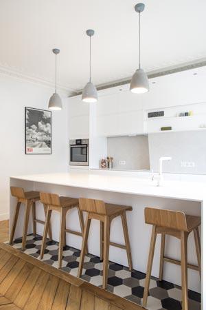 un d corateur d 39 int rieur et un architecte d interieur. Black Bedroom Furniture Sets. Home Design Ideas